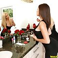 Shae Summers and Stevie Knicks share their man in bed - image
