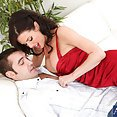 Horny Wet Pussy Cougar Veronica Avluv - image