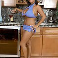 Daylene Rio Is a Man Pleaser - image