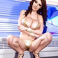 Merilyn Sakova Has Huge Natural Tits - image