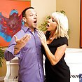 Vocal Lessons Turn Oral with Tara Holiday - image