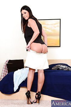 India Summer Needs His Big Cock Inside