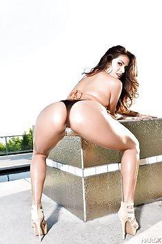 Sexy Ass Isabella De Santos