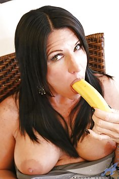 Kendra Secrets Banana Fucking Hot Wife
