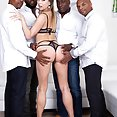 Paulina Soul interracial gangbang - image